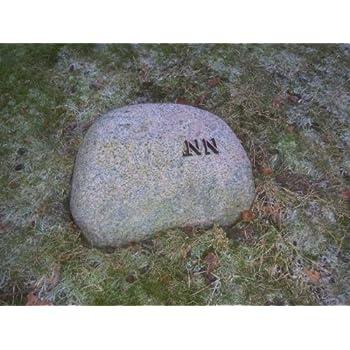 Findling Naturstein inklusive Bronzeschrift Grabstein
