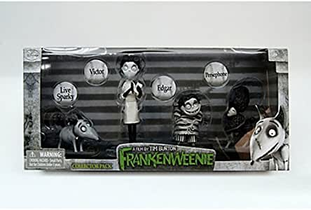 Disney Frankenweenie Set Of 4 Figures Includes Victor Sparky Edgar And Persephone Amazon Co Uk Toys Games