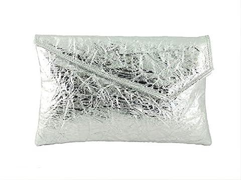 Loni Metallic clutch/shoulder bag in soft faux crush leather in Silver