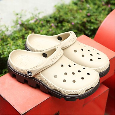 Los hombres sandalias Primavera Verano zapatos agujero Soles de luz Materiales personalizados talón plano exterior zapatillas para el agua US8 / EU40 / UK7 / CN41