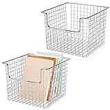 mDesign Juego de 2 cestas de almacenaje de alambre para el armario o el estante - Práctica caja de...
