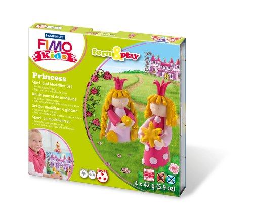 Fimo kids form&play Set Princess (superweiche, ofenhärtende Knete, kinderleichte Anleitung, wiederverschließbare Box, Set mit 4 Fimo Blöcken, 1 Modellierstab und 1 Spielkulisse) (Knete Prinzessin)