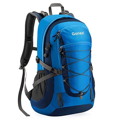 Gonex Unisex 35L Wanderrucksack 53 x 32 x 24 cm, Handgepäck Rucksack Damen Herren mit Laptopfach Regenhaube fahrradhelm anhängen, dunkelblau