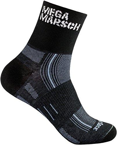 WrightSock Profi Sportsocke, Laufsocke, Wandersocke in schwarz, doppel-lagig, STRIDE quarter mittellang Black - Schriftzug Megamarsch - Gr. L