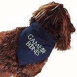 Bandana design pour chien Spoilt Rotten Pets, taille, style Game of Thrones, jeu de style d'os réglable en quatre tailles disponibles à partir d'un minuscule Chihuahua jusqu'à un extra Large St-Bernard