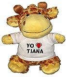 Jirafa de peluche (juguete) con Amo Tiana en la camiseta (ciudad / asentamiento)