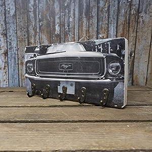 elbPLANKE mit Haken – Mustang | 12×24 cm | Schlüsselbrett von Fotoart-Hamburg | mit 5 Antike Haken aus Holz (Kiefer/Fichte) – 100% Handmade