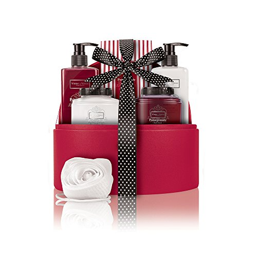 Winter in Venice Award Winning Christmas Bath Gift Set - Winter In Venice Presents Its Pomegranate Jewellery Case. Pomegranate, Vitamins, Natural Fruit And Plant Extracts Infused Luxury Toiletries Presented In Reusabl
