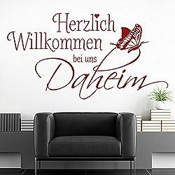 KLEBEHELD® Wandtattoo Herzlich Willkommen bei uns daheim mit Schmetterling - Spruch Flur Eingang Treppenhaus Farbe weiss, Größe 140x74cm