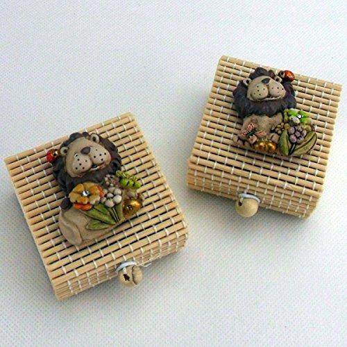 Bomboniere (4 bomboniere) scatoline con leone e coccinella portafortuna (scatolina bumbù)