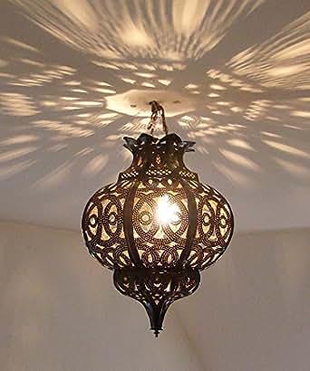 lustre plafonnier marocain en m tal cisel 40cm lampe marocaine lanterne maroc oriental amazon. Black Bedroom Furniture Sets. Home Design Ideas
