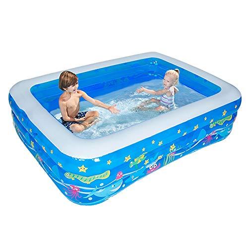 Das aufblasbare Schwimmbecken der Kinder, das den Erwachsenen Haushalt des Säuglings verdickt, der im Wasserballbecken des Fasses badet, kann 2-3 Personen unterbringen