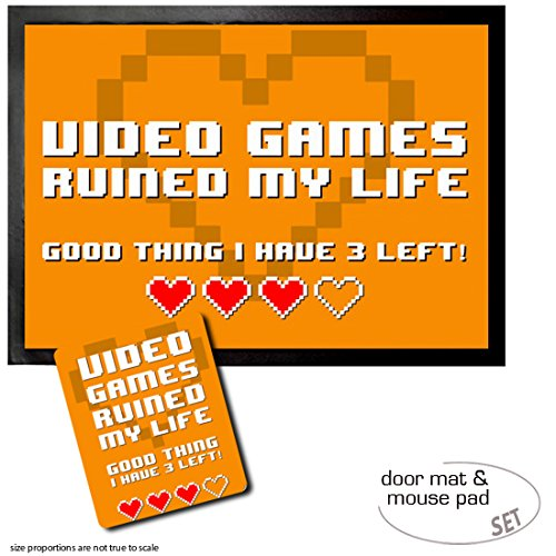 set-1-fussmatte-turmatte-70x50-cm-1-mauspad-23x19-cm-gaming-video-games-ruined-my-life-good-thing-i-