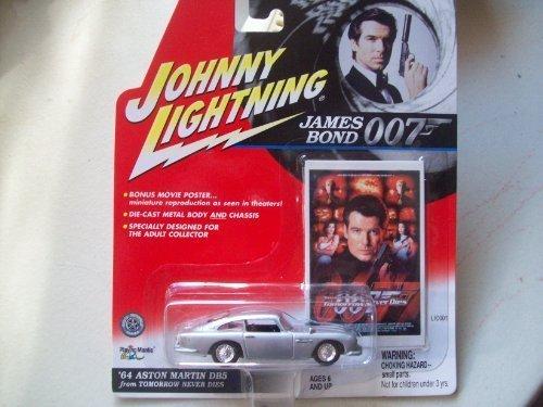 Johnny Lightning James Bond Tomorrow Never Dies 1964 Aston Martin DB5 by Johnny Lightning
