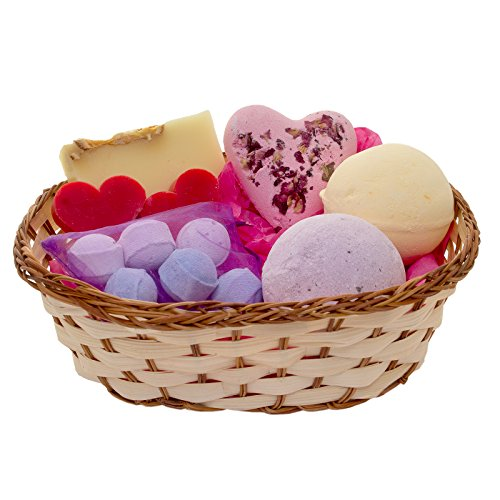 luxury-pamper-hamper-medium-basket-bath-bomb-and-soap-gift-set-perfect-gift-for-her