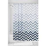 InterDesign Ombre Chevron Textil Duschvorhang | 183 cm x 183 cm Vorhang aus Stoff mit Zickzackmuster | pflegeleichte Duschabtrennung für Badewanne und Duschwanne | Polyester blau