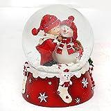 Schneekugel, Schneemann mit Kind, rot weiß, Maße H / B / Ø Kugel: ca. 8,5 x 7 cm/ Ø 6,5 cm.