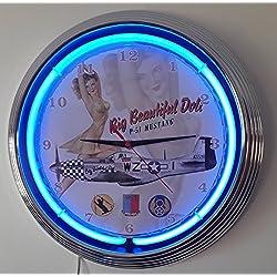 Neon reloj Pinup Big Beautiful Doll–P51Mustang Sign–Reloj pared iluminado con anillo Neon Azul. disponible también con otros Neon Colores.
