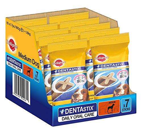 Pedigree DentaStix Hundesnack für mittelgroße Hunde (10-25kg), Zahnpflege-Snack mit Huhn und Rind, 10 Packungen je 7 Stück (10 x 180 g)