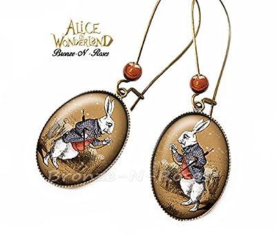 Boucles d'oreilles Alice au pays des merveilles cabochon bronze rétro vintage lapin montre