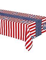 Cette nappe en plastique mesure 180 x 130 cm.Aux couleurs du célèbre drapeau américain, elle est rouge, bleue et blanche avec des tampons représentant la fameuse statue de la liberté et linscription UNITED STATES OF AMERICA ! Facilement dépliable, el...