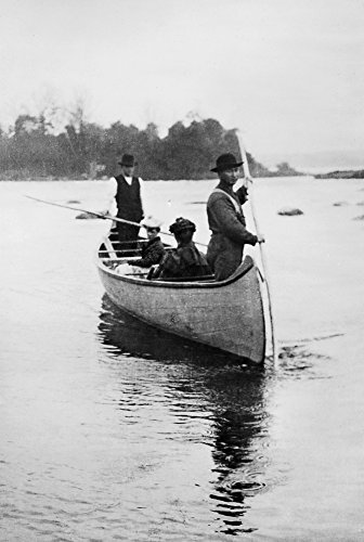 Michigan: Canoe C1903. /Ntwo Native American Guides Standing With Two Seated Women In A Canoe In The Sault Ste. Marie Region Of Michigan. Photograph By Frances Benjamin Johnston C1903. Kunstdruck (60,96 x 91,44 cm)