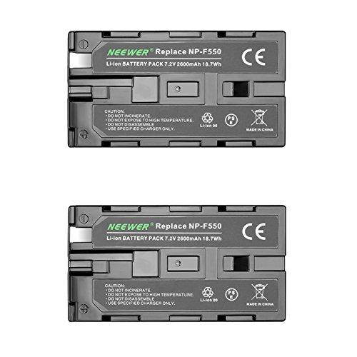Neewer®, 2 batterie di ricambio compatibili con Sony NP-F550/570/530, 2600mAh, batteria di ricambio per videocamera Sony, Neewer Nanguang CN-160, CN-216, CN-126 Series e altri sistemi di illuminazione LED per videocamera che utilizzano batterie NP-F550