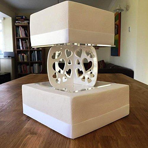 White Säulen Cake (Kuchen Säulen eckig Herz, weiß, Base 28 cm, Top 25 cm)