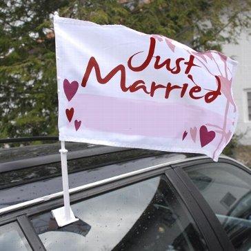 """Preisvergleich Produktbild Autoflagge """"Hochzeit"""" - Autoflagge mit der Aufschrift """"Just married"""" in Rot-Weiß"""