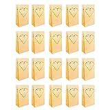 10er Set Weiße Papierlaternen Kerzentüten Lichttüten mit Herz Design von Kurtzy - Herzstück Kunsthandwerk Dekorationen für Hochzeiten und Geburtstage - Schwer Entflammbar - Große Laternen - Mit Teelic