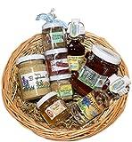 Allgäuer Delikatessen Geschenkkorb | Feinkost Geschenkset mit Bergkräuter-, Feigen- und Bärlauchsenf, Wald Honig, Chili Aufstrich, Bier Gelee, Enzian- und Kräuterschnaps