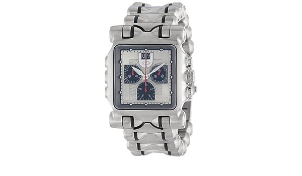 5a2c25db870 Oakley Men s 10-194 Minute Machine Titanium Bracelet Edition Titanium  Chronograph Watch  Amazon.co.uk  Watches