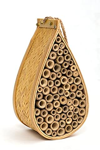 SANGER Outdoor Garden Bee House and Insect Home - Ideal habitat for Orchard, Mason, Solitary, Carpenter, Honey, Other Native Pollinator Bees and Bugs. Product comes complete with bonus rope