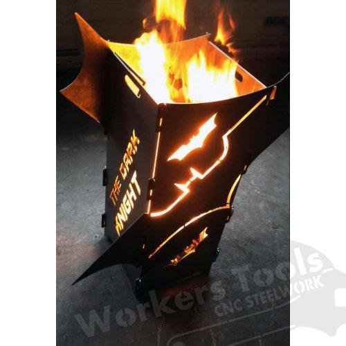 BatFire Feuersäule Feuerkorb Rost Feuerstelle Batman ähnlich mit Wunschtext