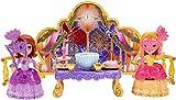 C'è un ballo in maschera stasera nel regno di Incantia e tu sei invitata! La Principessa Sofia e la Principessa Amber parteciperanno con indosso i loro abiti da ballo più eleganti e ognuna reggerà una stupenda maschera. Si prospetta una serat...