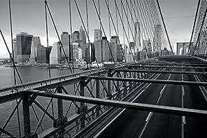 Poster NEW YORK - Schönes Manhattan Wandbild der Brooklyn Bridge in schwarz weiß - Hochauflösender Manhattan Skyline Kunstdruck im Format 120x80 cm