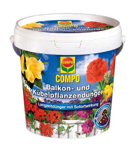 COMPO Balkon- und Kübelpflanzendünger für alle Balkon- und Kübelpflanzen, 6 Monate Langzeitwirkung, Düngeperlen, 1,2 kg, Für 240 Liter Erde (20 20 20-dünger Flüssig)