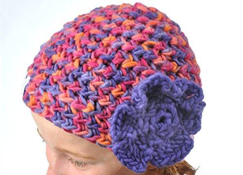 Häkelmütze mit Blume (Marina) ab einem Kopfumfang von 49 cm, Farbe wählbar