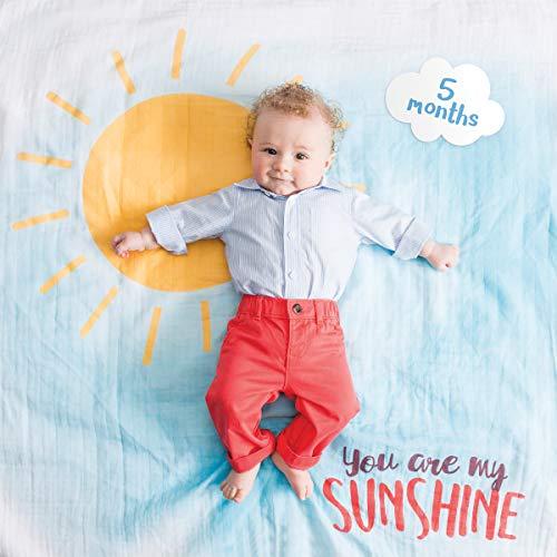 (Lulujo Baby's First Year™ Swaddle-Blanket & Karten Set zum Fotografieren und festhalten der ersten Entwicklungsschritte Ihres Babys - You are my Sunshine)
