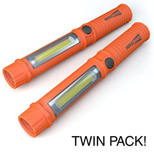 Preisvergleich Produktbild 2 x Notleuchte fürs Auto - super helle LED Taschenlampe / Arbeitslampe mit Magnet und Gürtelclip - Unverzichtbar im Handschuhfach bei nächtlichen Autopannen