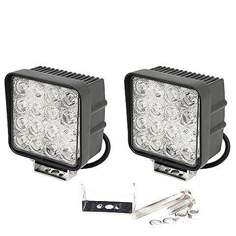 slpro® 2x LED 48W Phare de travail Projecteur Spotlight Offroad Projecteur à réflecteur LED 3800Lm Projecteur de travail en aluminium Noir –-Tracteur –-Pelle Jardin Hall d'atelier, etc.