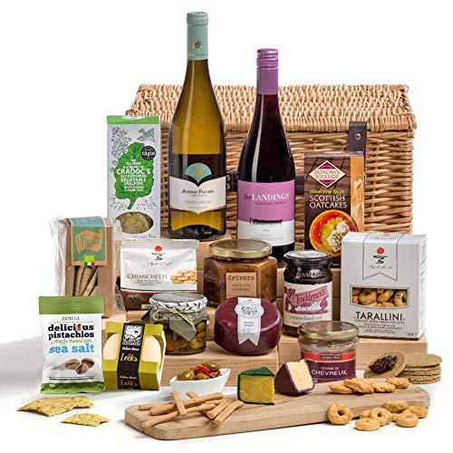 Hay Hampers Cheese & Wine Party Christmas Hamper Basket - FREE UK Delivery