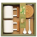 laroom 13853-Set Regalo Tavolo Coppia Tazze di Porcellana con Manico e sottobicchieri di bambù, Colore: Bianco, Marrone