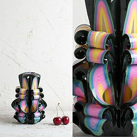 Klein, Schwarz und Regenbogen - helle Farben - dekorativ geschnitzte Kerze - EveCandles