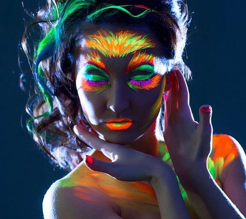 idealWigsNet Hellrosa UV-Neon Gesicht und Körperbemalung 10ml