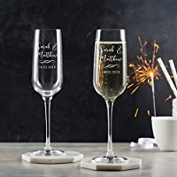 Personalised Champagne Flutes Pair / Personalised Champagne Glasses / Engagement Gifts For Couples / Personalised Wedding Gifts