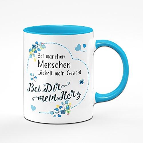 Tasse Bei manchen Menschen Lächelt Mein Gesicht - Bei Dir Mein Herz - Kaffeetasse Blau - Geschenk für Freund - Geburtstagsgeschenk für Freund - Tasse für Freund - Geschenke für Männer