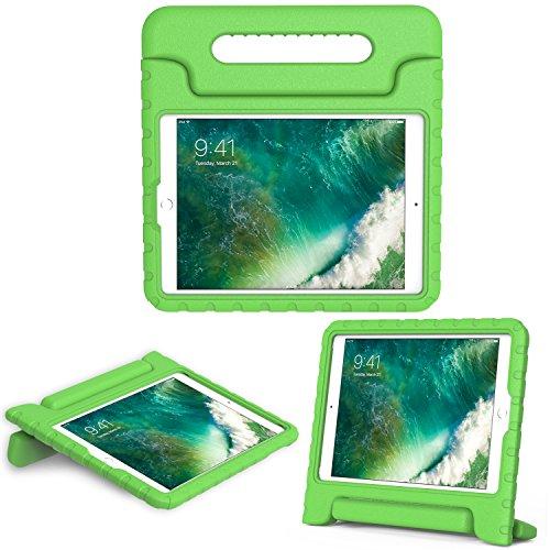 MoKo Hülle für Neu iPad 9.7 Zoll 2017 - Superleicht EVA Stoßfest Kinderfreundlich Kinder Schutzhülle mit umwandelbarer Handgriff Handle und Standfunktion für Apple New iPad 2017 9.7 Zoll / iPad Air / iPad Air 2 Tablet, Grün