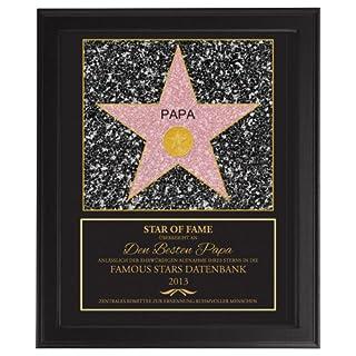 Personal Arts – Star Of Fame Papa – Hollywood Stern – Urkunde – Personalisiert mit Jahreszahl – Druck gerahmt – Wanddeko im dunklen Bilderrahmen – Vatertagsgeschenk – Geschenke für Männer