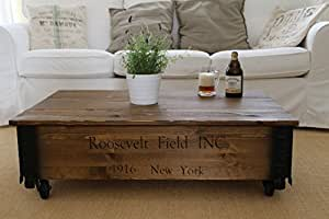 uncle joe s couchtisch roosevelt truhentisch truhe im vintage shabby chic style aus massiv holz. Black Bedroom Furniture Sets. Home Design Ideas